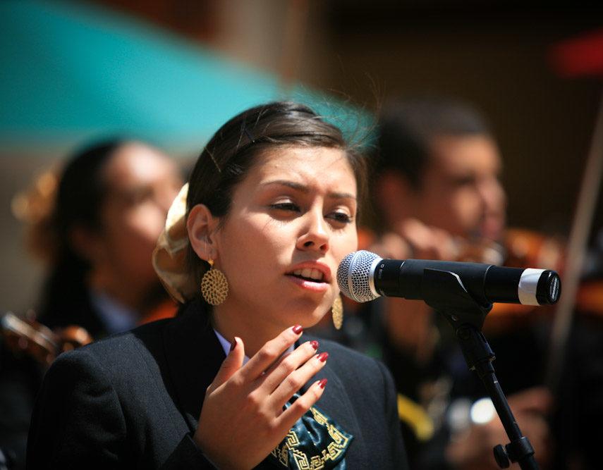 Mariachi Tesoro. Female solo copy